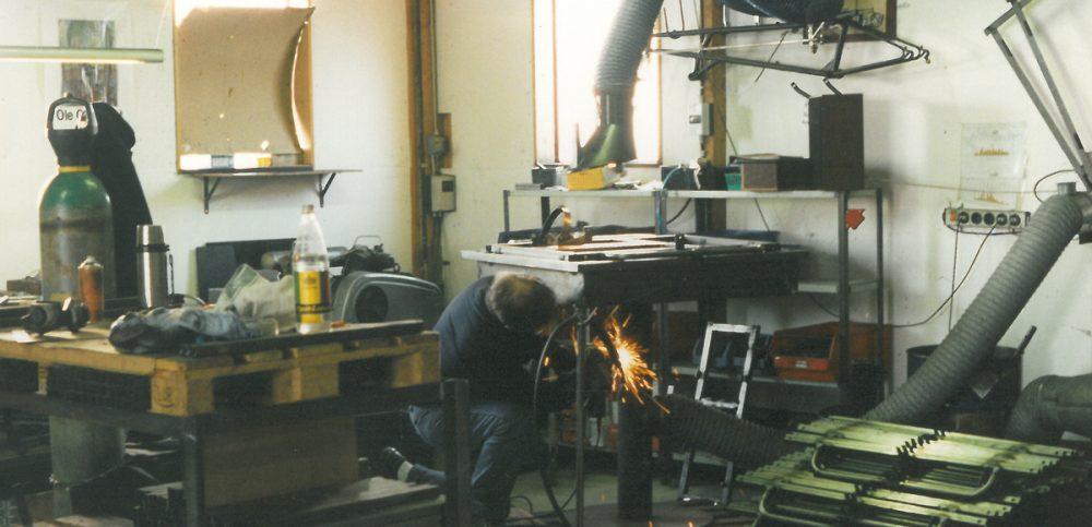 Man working in Bronholm factory